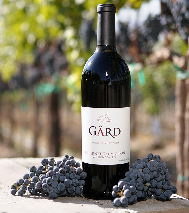 Gård Vintners is a family-owned and operated estate winery in the heart of Washington's Columbia Valley AVA, with vineyards on the Royal Slope, wine production in Walla Walla, and tasting rooms in Woodinville and Ellensburg.